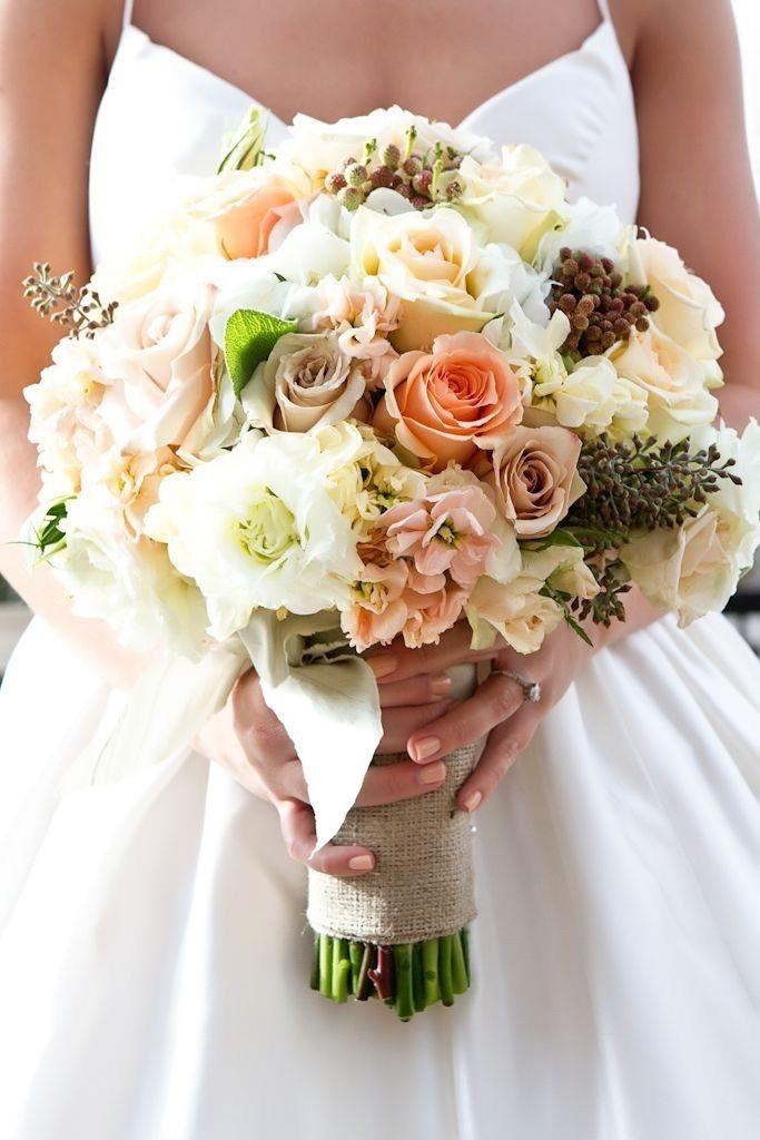 Букеты невесты под платье айвори, доставка